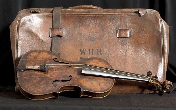 il violino ritrovato sul titanic